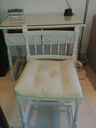 mesa escritorio con silla vintage