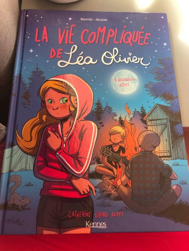 """La vie compliquée de Léa Olivier"""" tome 5"""