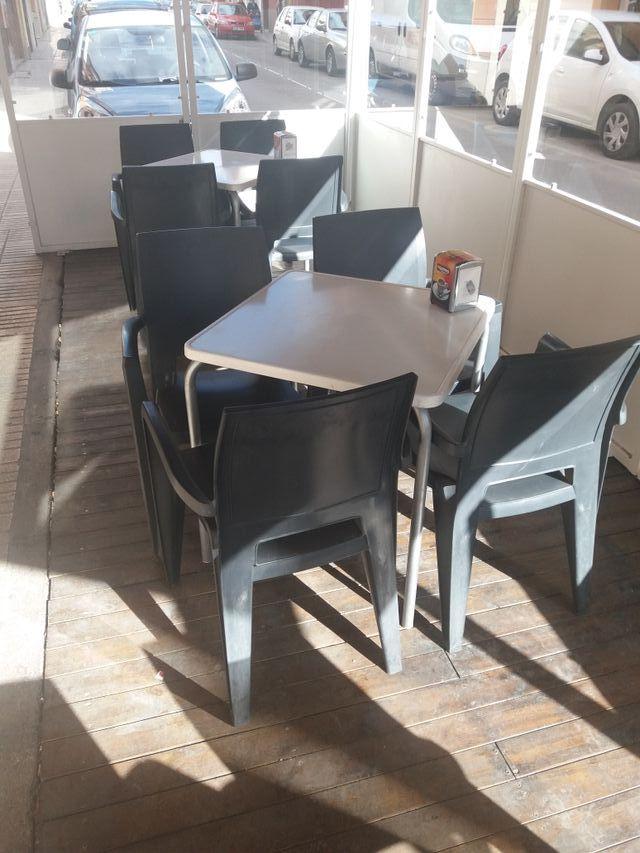 mesas y sillas terraza