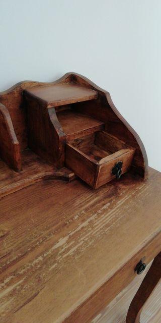 Mueble escritorio rústico