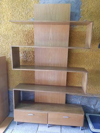 bonito mueble estanteria
