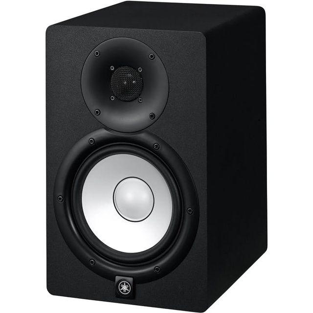 Brand new Yamaha HS7 speakers bundle