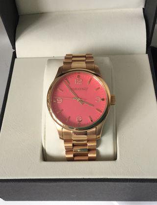 Reloj aristocrazy chica.