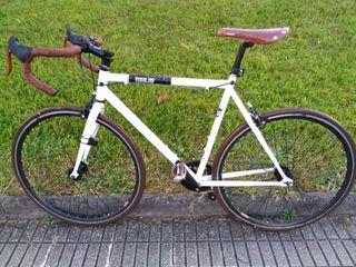 preciosa bici fixie piñón libre