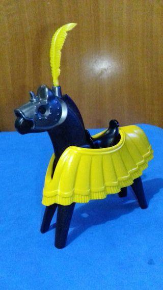 Playmobil caballo medieval