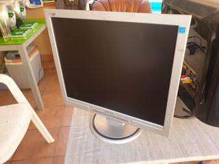 Monitor TFT 17 Philips