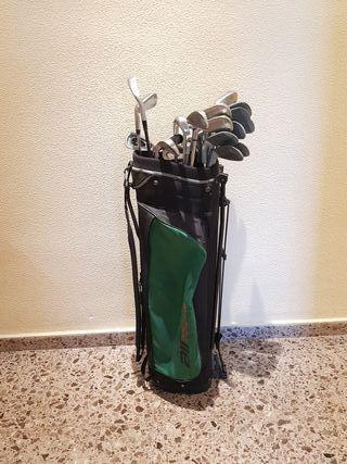 27 palos de golf