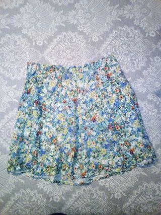 Flowery skirt!