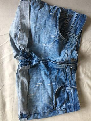 Pantalón corto tejano