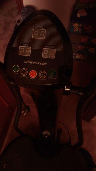 Máquina fitness vibratoria