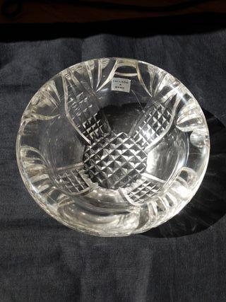 cenicero de cristal vintage tallado a mano