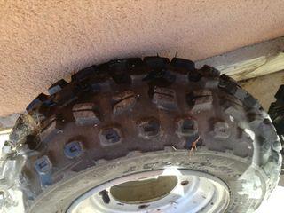 ruedas de quad con neumaticos