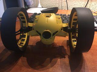 Drone jumping tuk tuk