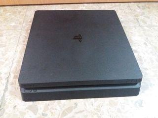 PS4 1TB.