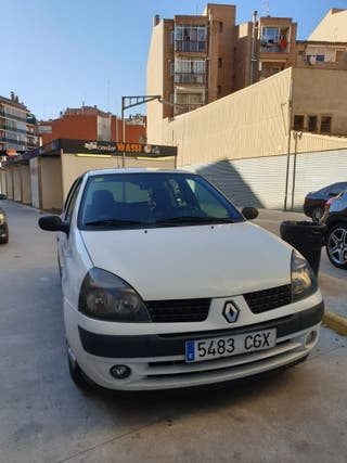 Renault Clio 2003