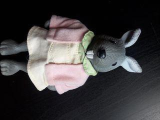 Muñeco conejo