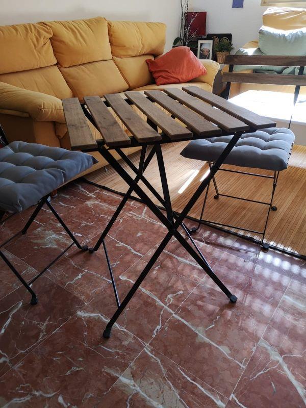 Mesa y sillas jardín o terraza Ikea