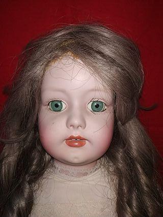muñeca antigua porcelana