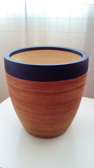 Macetero cerámica de tamaño grande