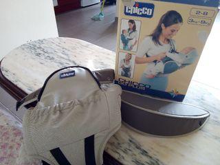 mochila porta bebés marca chicco