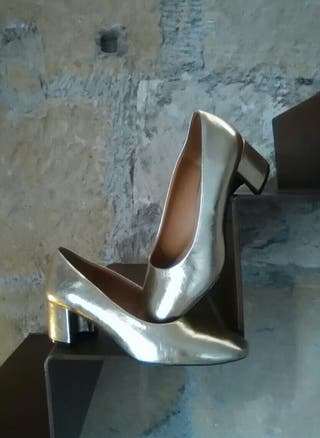 573fb1c4 Zapatos de tacón de segunda mano en Santiago de Compostela en WALLAPOP