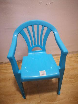 silla de plástico para niños