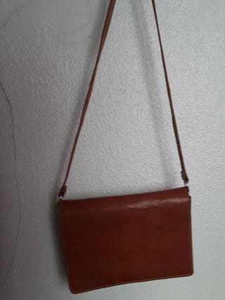 Bolso - maletín de cuero