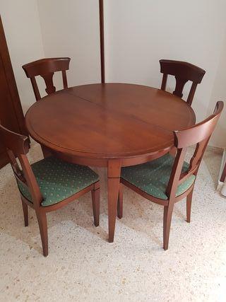 Mesa Comedor Salon y 4 sillas a juego