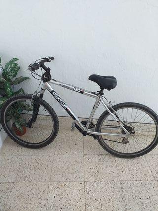 Bicleta de montaña TOP BIKE. OPORTUNIDAD!!