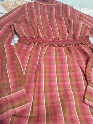 Blusa talla M de Stradivarius nueva.