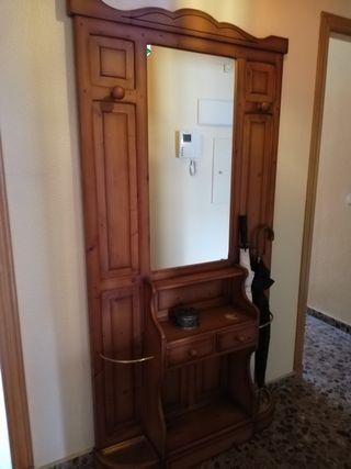 Entrada y mesa con seis sillas,mueble de salón