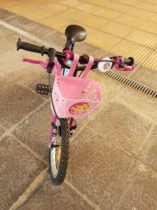 Bicicleta niña. A partir de 5 años