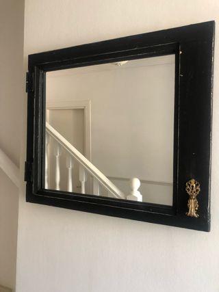 Espejo- ventana restaurado 74 x 62