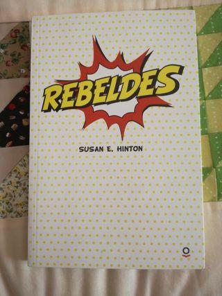 Rebeldes, Susan E. Hilton
