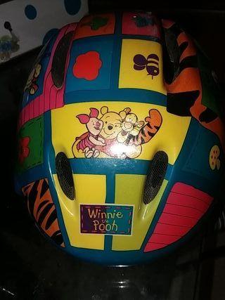 casco de bici de Winnie Pooh