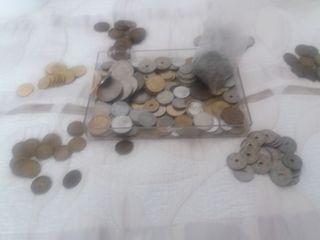 Lote de monedas Españolas diferentes años.