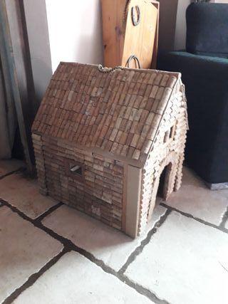 casa para mascota pequeña o mediana