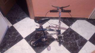 bicicleta ruedas pequeñas
