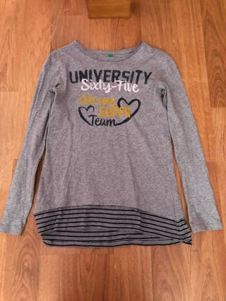 Camiseta gris de manga larga