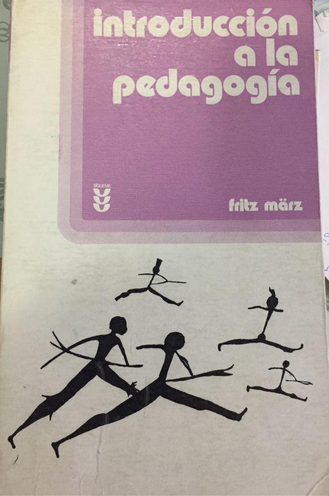 Introducción a la pedagogía. fritz März