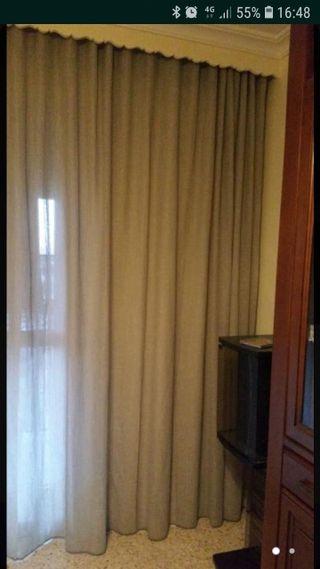 dos patas de cortina