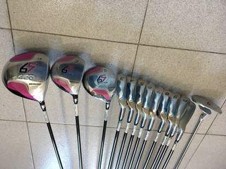 Palos de Golf Dunlop modelo 65
