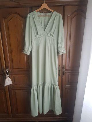 Vestido midi de color verde claro