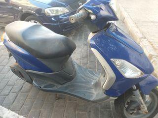 moto para piezas o arreglo como prefieras
