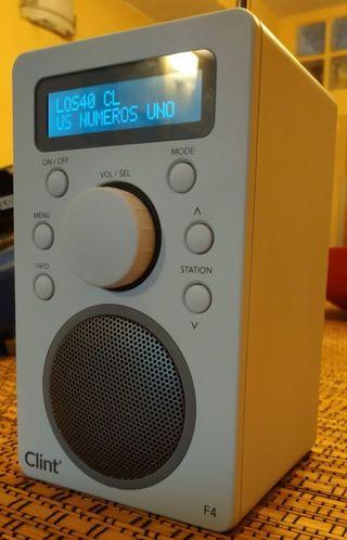 Clint F4 DAB+/FM Radio Portátil con Bluetooth
