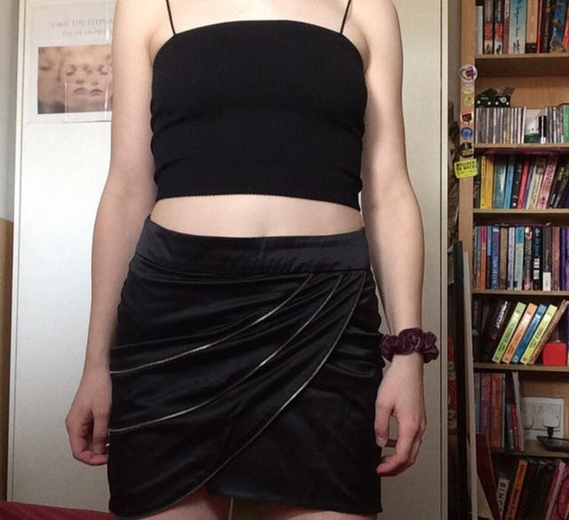 black zip skirt