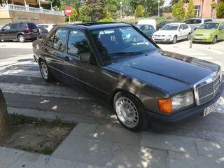 Mercedes-Benz 190E 1988