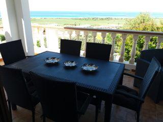 Casa con vistas al mar y piscina