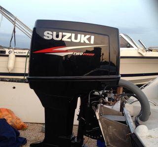 motor suzuki 2t inyección 200 cv recien revisado.