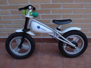 """Bicicleta 12""""sin pedales IMAGINARIUM"""